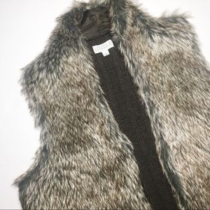 Faux fur vest chunky knit sweater